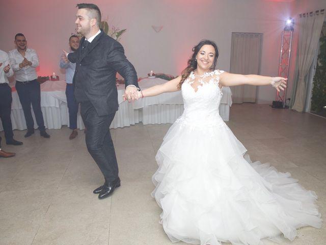 Le mariage de Anthony et Cynthia à La Fare-les-Oliviers, Bouches-du-Rhône 121