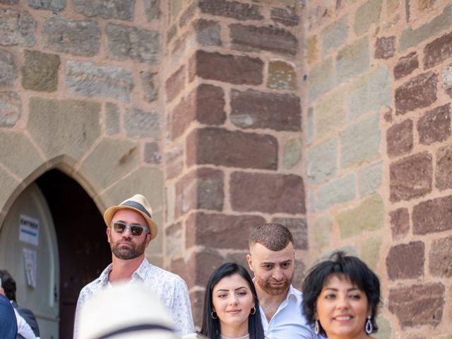 Le mariage de Ludovic et Cassandra à Turenne, Corrèze 14