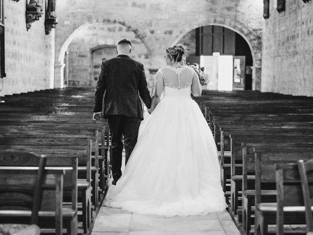 Le mariage de Ludovic et Cassandra à Turenne, Corrèze 17