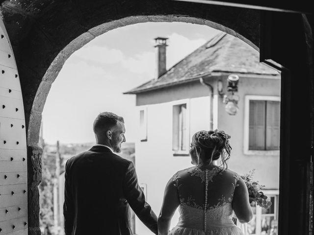 Le mariage de Ludovic et Cassandra à Turenne, Corrèze 18