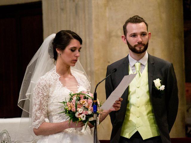 Le mariage de Nicolas et Noemie à Fabrègues, Hérault 5