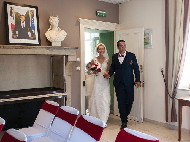 Le mariage de David et Déborah à Fontaine-Française, Côte d'Or 7