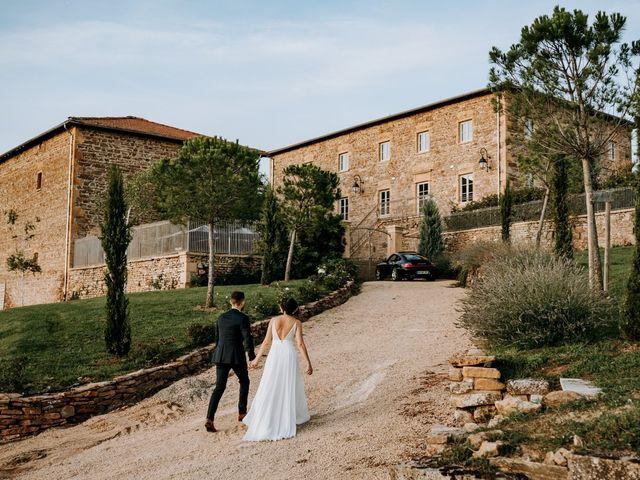 Le mariage de Thomas et Sophie à Saint-Laurent-d'Oingt, Rhône 1