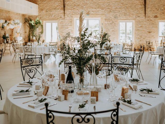 Le mariage de Thomas et Sophie à Saint-Laurent-d'Oingt, Rhône 5