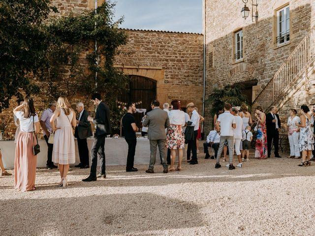 Le mariage de Thomas et Sophie à Saint-Laurent-d'Oingt, Rhône 26