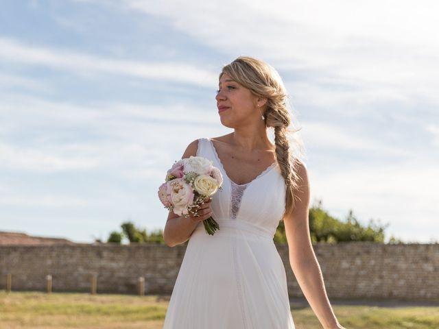 Le mariage de Louis et Alessandra à Loix, Charente Maritime 66