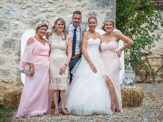 Le mariage de Grégory et Delphine à Sainte-Sabine-Born, Dordogne 31