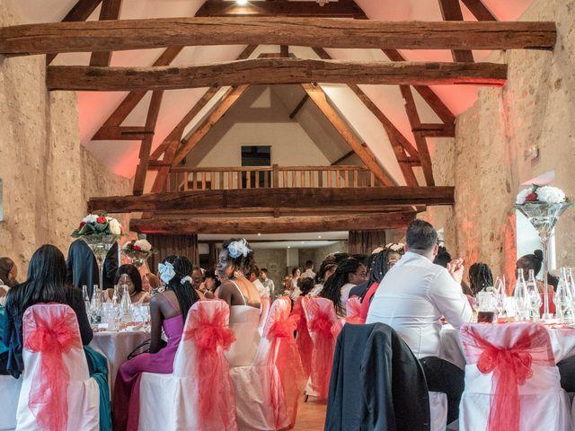 Le mariage de Evans et Marine à Labbeville, Val-d'Oise 3