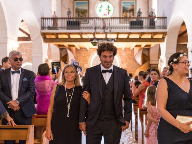 Le mariage de Louis et Alessandra à Loix, Charente Maritime 17