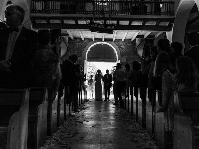 Le mariage de Louis et Alessandra à Loix, Charente Maritime 18