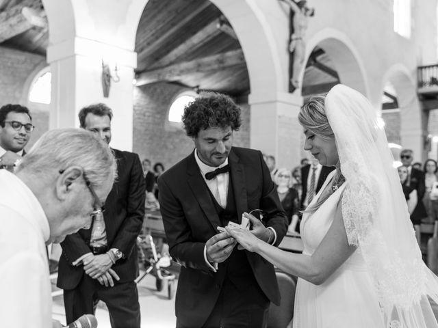 Le mariage de Louis et Alessandra à Loix, Charente Maritime 24