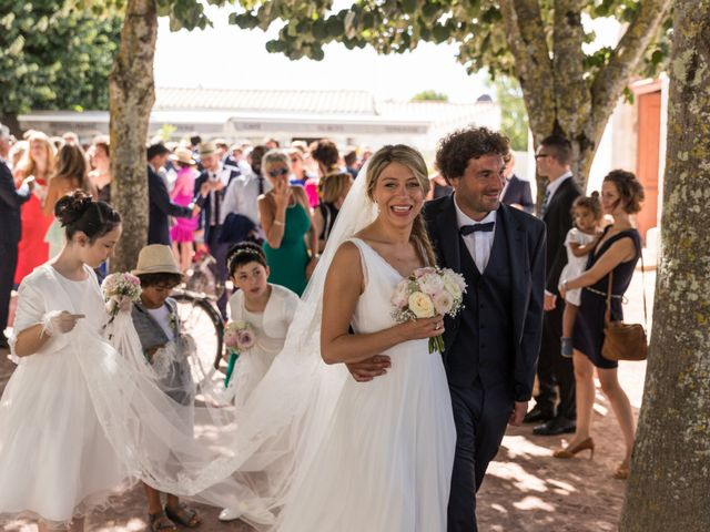 Le mariage de Louis et Alessandra à Loix, Charente Maritime 31