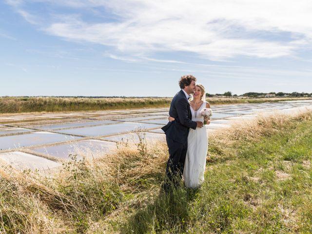 Le mariage de Louis et Alessandra à Loix, Charente Maritime 34