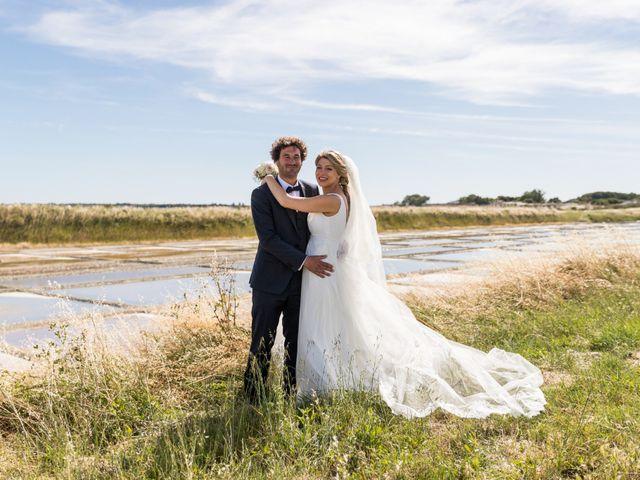 Le mariage de Louis et Alessandra à Loix, Charente Maritime 35