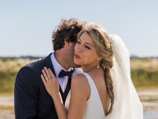 Le mariage de Louis et Alessandra à Loix, Charente Maritime 36