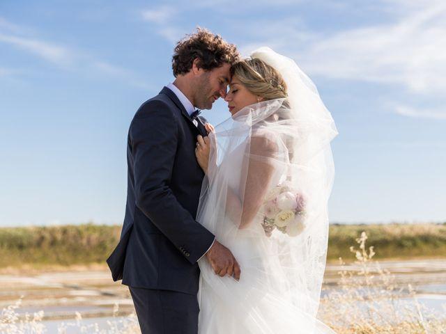 Le mariage de Louis et Alessandra à Loix, Charente Maritime 37