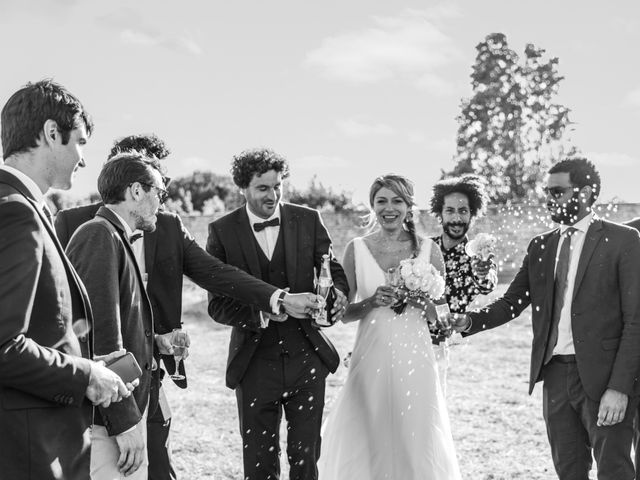 Le mariage de Louis et Alessandra à Loix, Charente Maritime 62