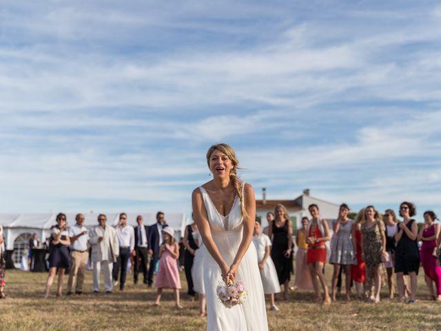 Le mariage de Louis et Alessandra à Loix, Charente Maritime 64