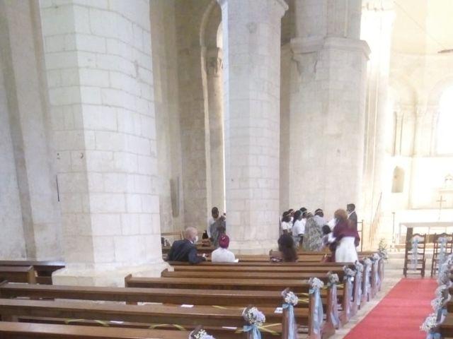 Le mariage de Anzeta et Samuel à Vandré, Charente Maritime 15