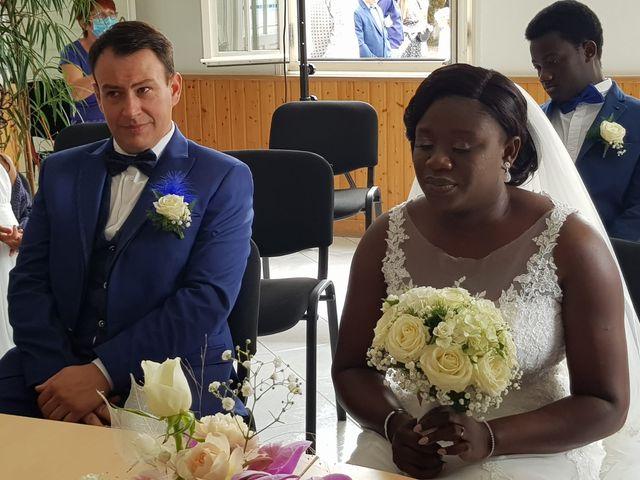 Le mariage de Anzeta et Samuel à Vandré, Charente Maritime 20