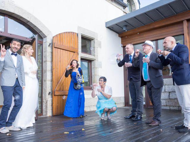 Le mariage de Karim et Laëtitia à Trégunc, Finistère 33
