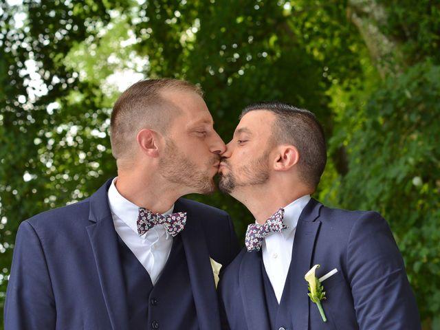 Le mariage de Mickael et Vincent à Tigeaux, Seine-et-Marne 21