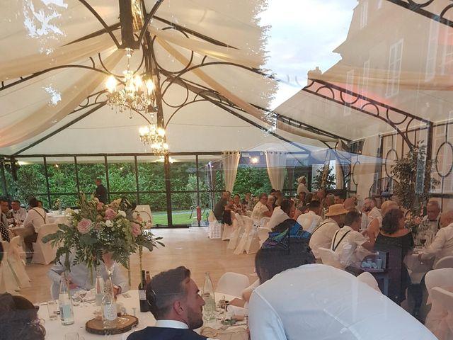 Le mariage de Julien et Léa à Livry-sur-Seine, Seine-et-Marne 33
