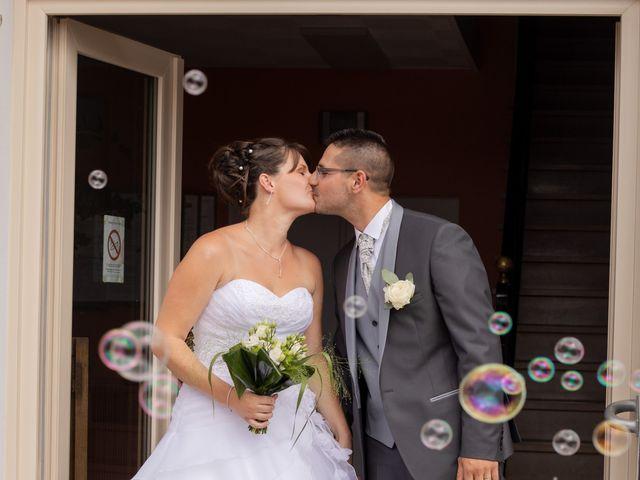 Le mariage de Cédric et Emilie à Châtillon-sur-Cher, Loir-et-Cher 18