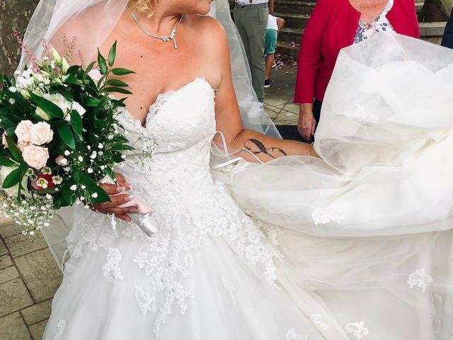 Le mariage de Nicolas et Amandine à Saint-Gilles, Gard 4