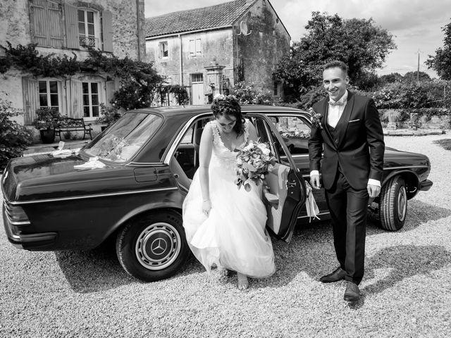 Le mariage de Antoine et Laurine à Surgères, Charente Maritime 82