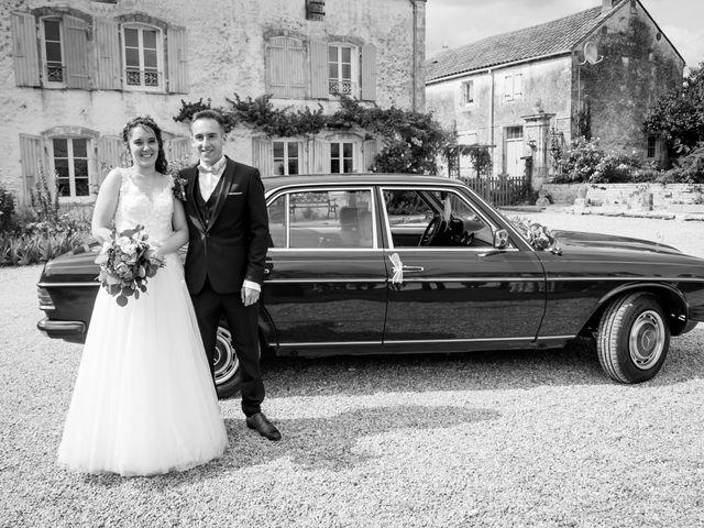 Le mariage de Antoine et Laurine à Surgères, Charente Maritime 83
