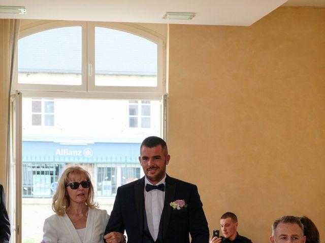 Le mariage de Mathieu et Tiffany à Bailleval, Oise 15