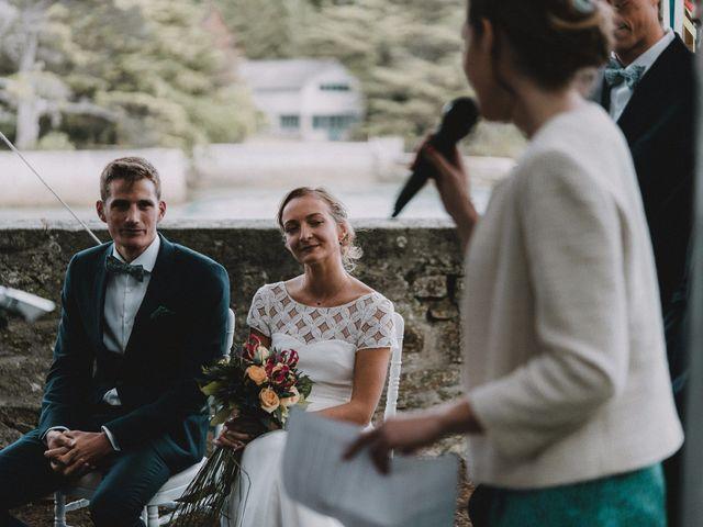 Le mariage de Quentin et Pauline à Loctudy, Finistère 56