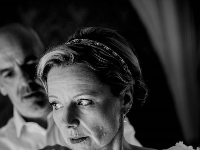 Le mariage de Stéphane et Isabelle à Igé, Saône et Loire 7