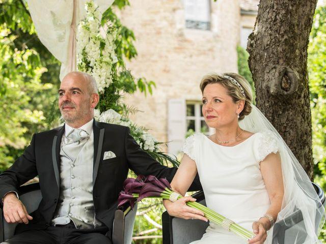 Le mariage de Stéphane et Isabelle à Igé, Saône et Loire 8