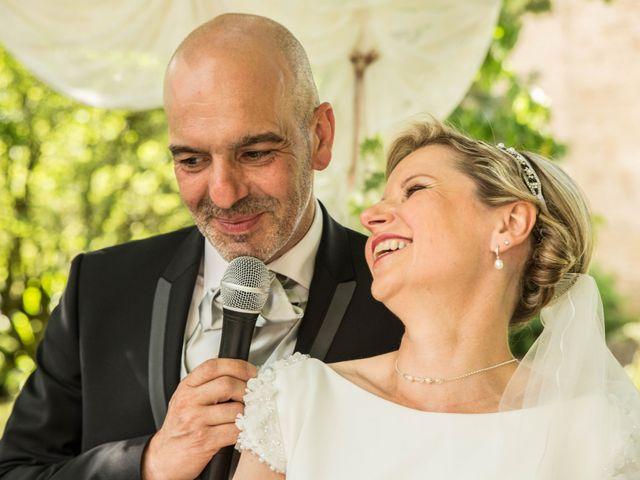 Le mariage de Stéphane et Isabelle à Igé, Saône et Loire 10