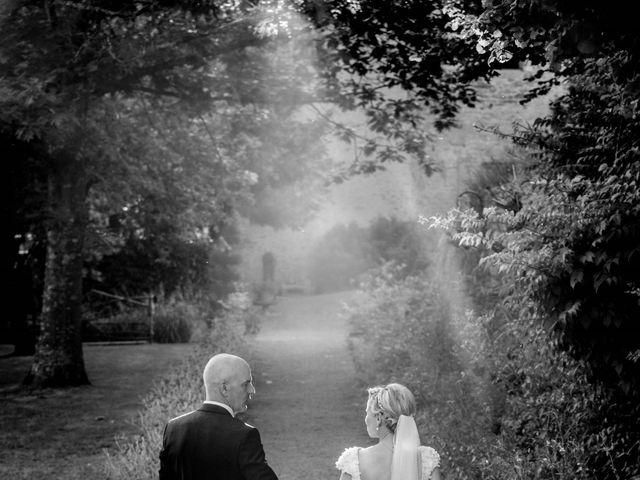 Le mariage de Stéphane et Isabelle à Igé, Saône et Loire 22