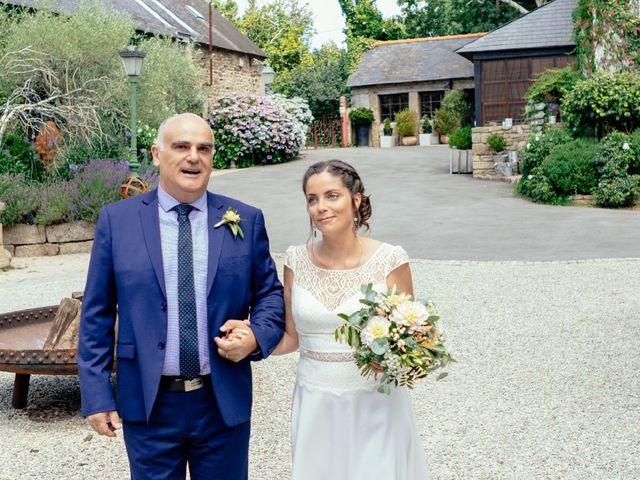 Le mariage de Vincent et Gwénaëlle  à Concarneau, Finistère 16