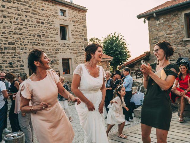 Le mariage de Mickaël et Amandine à Chambles, Loire 39