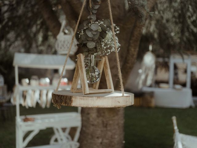 Le mariage de Walid et Lola à Saint-Galmier, Loire 5