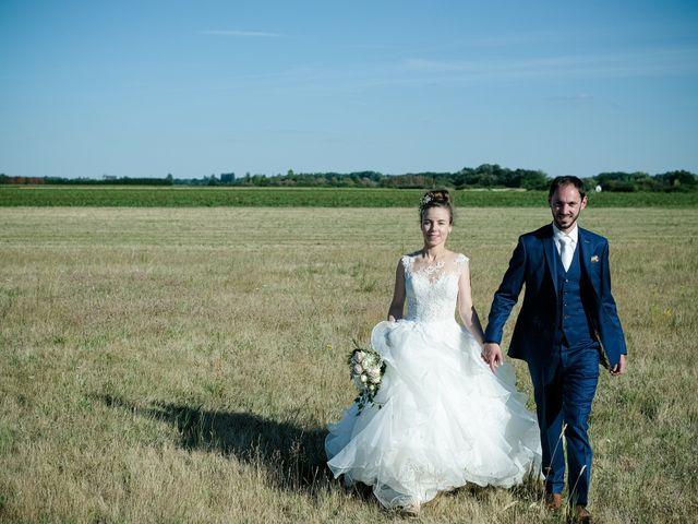 Le mariage de Florian et Cynthia à Châteauneuf, Loire 2