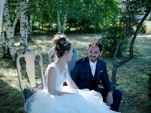 Le mariage de Florian et Cynthia à Châteauneuf, Loire 9