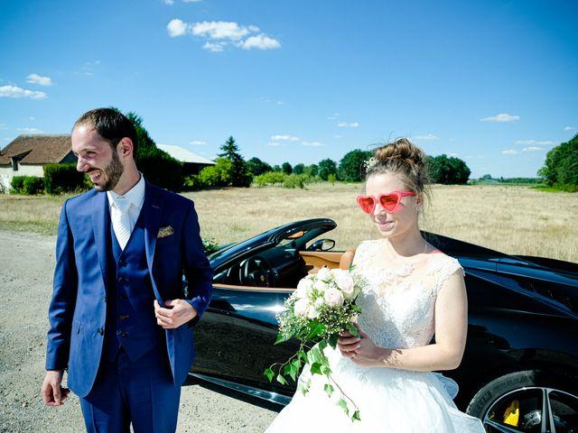 Le mariage de Florian et Cynthia à Châteauneuf, Loire 16