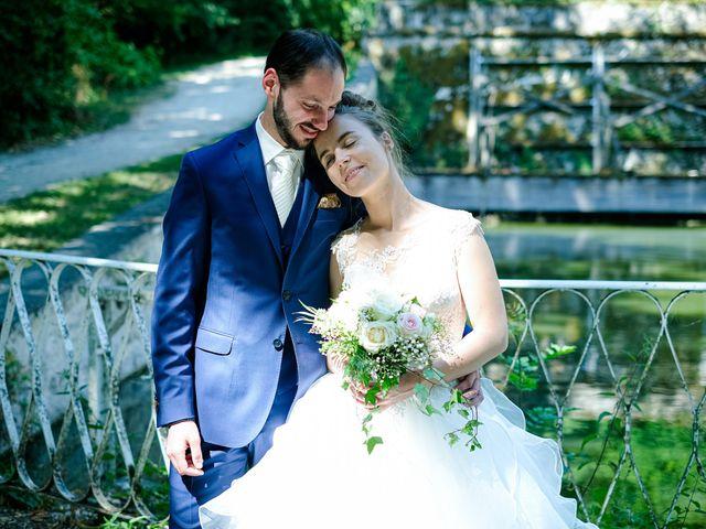 Le mariage de Florian et Cynthia à Châteauneuf, Loire 24