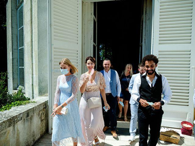 Le mariage de Florian et Cynthia à Châteauneuf, Loire 31
