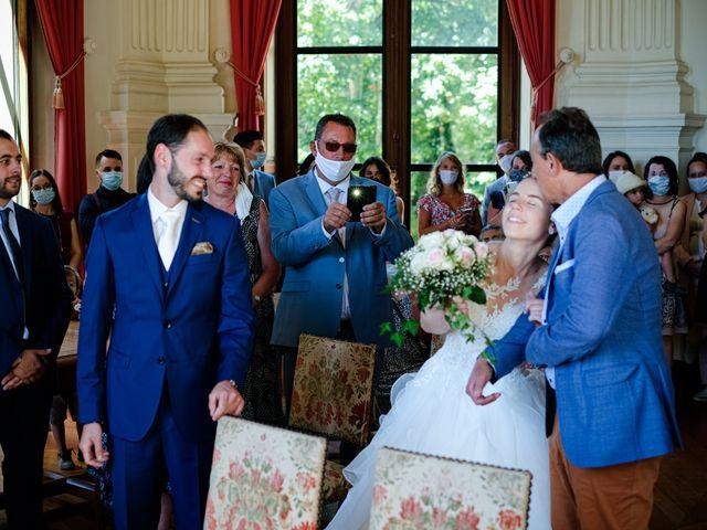 Le mariage de Florian et Cynthia à Châteauneuf, Loire 36