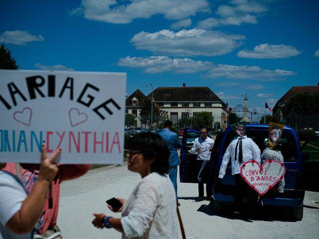 Le mariage de Florian et Cynthia à Châteauneuf, Loire 41