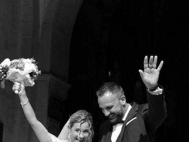 Le mariage de Isabelle et Thomas à Chaulgnes, Nièvre 3