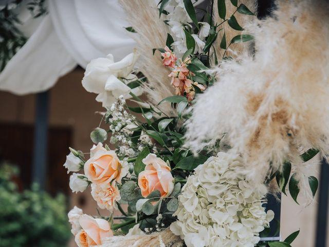 Le mariage de Nicolas et Leslie à Nans-les-Pins, Var 10