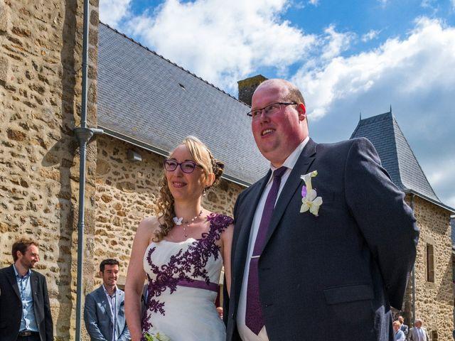 Le mariage de Jérémy et Elodie à Commer, Mayenne 10
